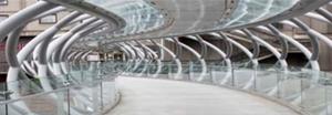 Perfis tubulares circulares, modernidade e flexibilidade da arquitetura.