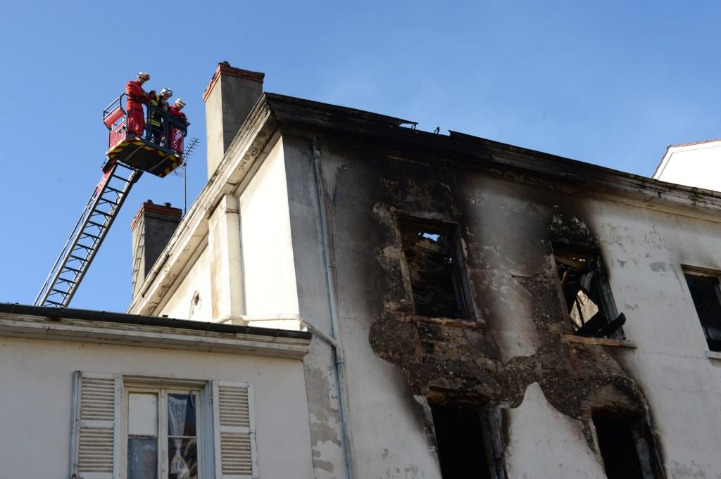 FRANCE-FIRE-MINORITIES-ROMA