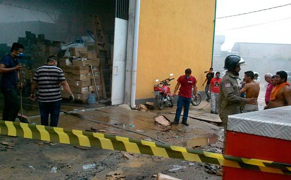 Corpo de Bombeiros foi rapidamente acionado- fotos: Conceição Melquíades