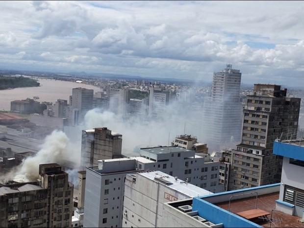 Fumaça se espalhou no Centro da capital (Foto: Ovidio Fagundes de Macedo/Arquivo Pessoal)