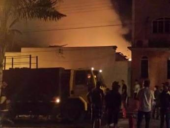 Estoque do estabelecimento foi destruído (Foto: Diego Carolino dos Santos/ Arquivo pessoal)