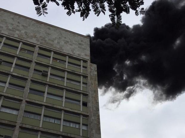 Incêndio no Centro do Rio (Foto: Henrique Porto/Arquivo Pessoal)