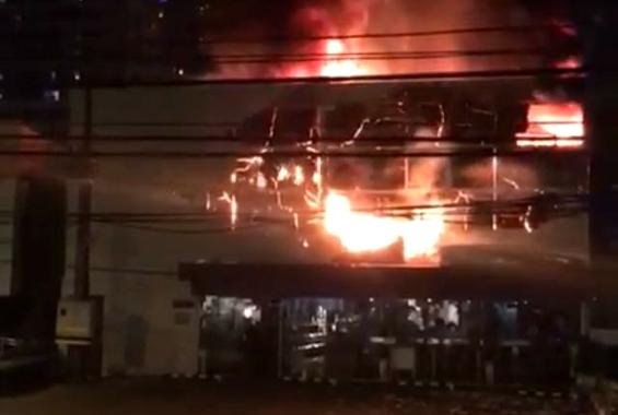 7b7b163ea Incêndio atinge padaria em Boa Viagem